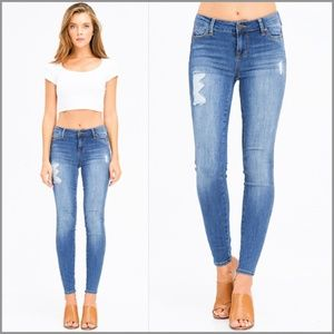 Washed Mid-Rise Distressed Frayed Hem Skinny Jeans